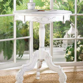 Distressed White Shabby Romantic Rococo Round Accent Table