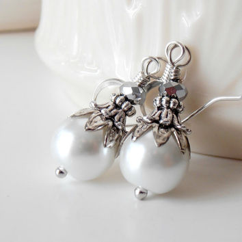 Wedding Jewelry Bridesmaid Earrings White Pearl Earrings Beaded Dangles Antiqued Silver Bridesmaid Jewelry White Wedding