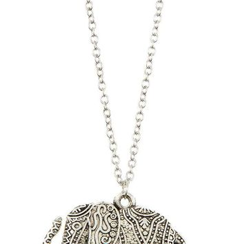 Ladies fashion detailed elephant pendant long necklace