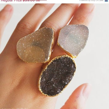 SALE Big Free Form Agate Druzy Ring - Statement Rings - Raw, Edgy Cocktail Rings