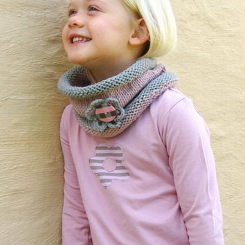 Knit Scarf, Kids cowl,Blush pink and grey neckwarmer with Flower, Gift for her, Girl's scarf, Hand Knit Cowl, Toddler's Cowl, Made to order