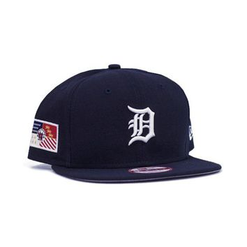 DCCKG8Q MLB New Era Detroit Tigers City Flag Snapback