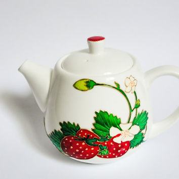 Handpainted Porcelain Teapot, Strawberies Ceramic Teapot, Summer Weding Gift, Modern Botanical Kitchen Decor