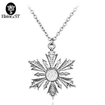 Free Shipping Once Upon Time Anna Elsa Family Love Christmas Gift Magic Snow Shape Pendant Necklace Christmas Crystal Jewelry