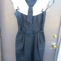 1940-1950 WOMENS Navy blue rayon dress with large  white collar and belt