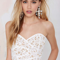 Strapless Wrap Crochet Lace Bodycon Cropped Top