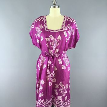 Silk Kaftan Dress / Vinage Indian Sari / Magenta Batik