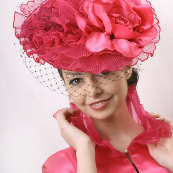 Fuchsia Fascinator, Hot Pink Kentucky derby Fascinator,Veiled royal ascot hat, Wedding party head piece, Fuchsia headpiece,hot pink veil hat