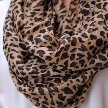 Cat's Meow Scarf