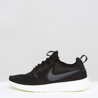 Nike Roshe 2 Trainers In Black at asos.com