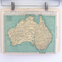 Vintage 1920s Map of Australia // book plate