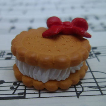 Kawaii Cabochon Flatback - Filled Cookie with Bow