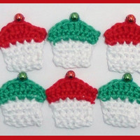 6 small Christmas crochet cupcakes, appliques and  embellishments