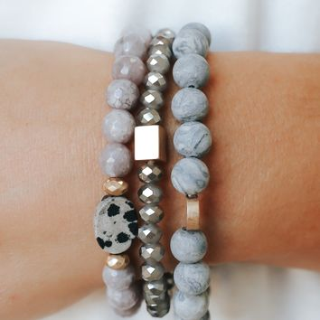 Beachy Keen Bracelet - Grey