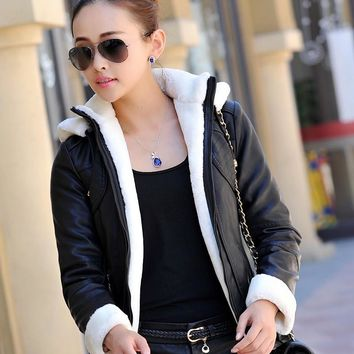 Fall Winter Leather jacket women Hooded Thicken Warm Leather Coat Women Leather Jacket Female High Quality Casaco de couro Z929