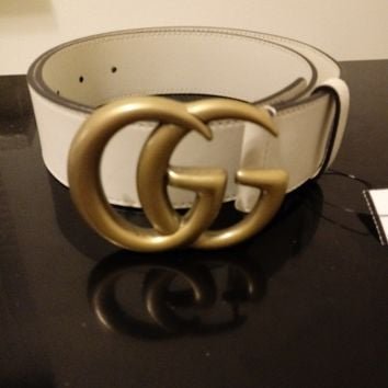 "GUCCI Authentic Womens White Belt w/ GOLD Double GG Buckle Brand New 38"" 98.5cm"