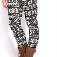 Black and White Snowflake Print Legging