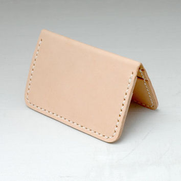 Personalized Leather Card Wallet Minimal Bi-fold, Vegetable-tanned Saddle Leather , Handmade Hand-stitched, Natural Tan