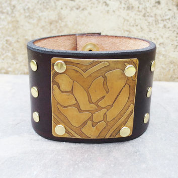 Leather Cuff - Mosaic Heart Etched Metal - Leather Jewelry - Handmade Wrist Cuff – Brass Etched Leather Bracelet  - Heart Jewelry