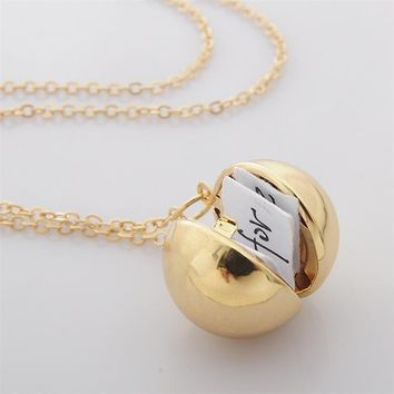 Unique Design Ball  Shaped Secret Message Pendant Necklace Photo Frame Locket Choker Necklace Best Wishes Friend Couple Jewelry