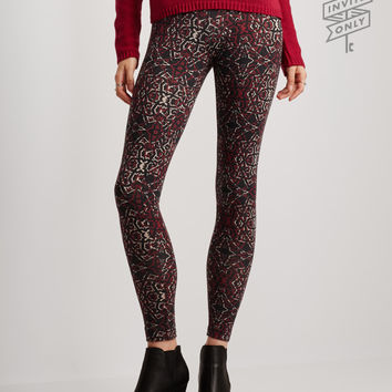 Invite Only Kaleidoscope Leggings