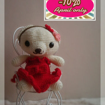 Sweet amigurumi bear on a chair by thujashop on Etsy