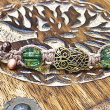 Hooty Owl Green Hemp Bracelet    handmade macrame jewelry   girls   hippie
