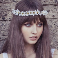 Eterie Daisy Chain Flower Headband, gypsy, Headpiece, Daisy, woodlands , Boho, White flower, floral crown, Flower Crown, wreath, etherial