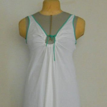 Long Vintage Night Gown in White and Green Size Medium