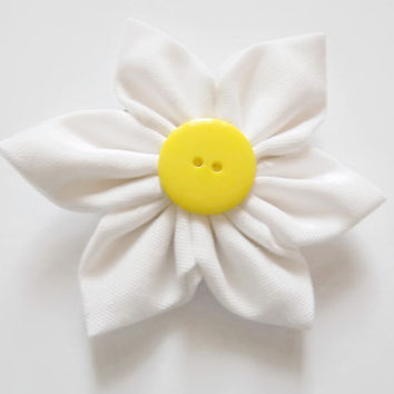 Daisy Hair Tie | flower hairband | hair accessories | spring accessories | flower hair piece | daisy hair piece | white flower hair tie