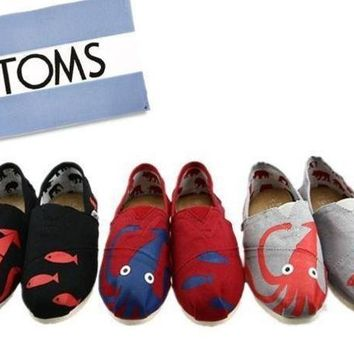 "ESBUIB TOMS UNISEX ""octopusââ'?FLAT SHOES CLASSICS FLAT TOMS SHOES"