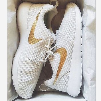Nike Roshe Run Whire Golden Sport Casual Shoes Sneakers White golden hook