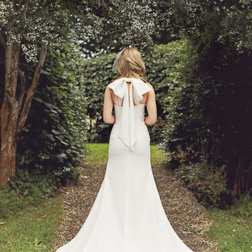 Lana - Simple French Bohemian Wedding Gown