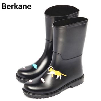 PVC Rain Boots Women Waterproof Cartoon Cat Gummistiefel Rubber Ankle Fashion Female W