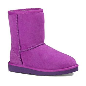 UGG Kids Unisex Classic (Little Kid/Big Kid) Twinface Boots  UGGboots with heel