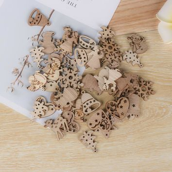 50Pcs Natural Wood Chip Ornaments Christmas Carve Pendant Decor With Hole Scrapbooking Embellishments Multi-styles DIY Crafts