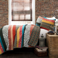 King Size 3 Piece Quilt Set in Modern Colorful Stripe Geometric Floral Pattern