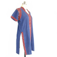 Vintage Indian Tunic -- Boho Tunic Shirt -- Blue Woven Cotton Short Sleeve Tunic -- Kantha Stitched Mirrored Embroidered Tunic -- Womens S