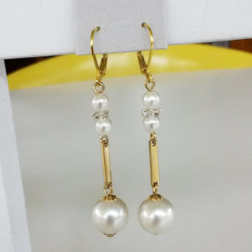 "RePurposed Fx Pearl Gold Tone Quartz Crystal Pierced Dangle Earrings Bridal Jewelry Vintage 2-1/2"" Long OOAK"