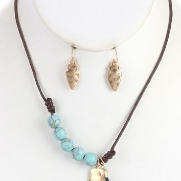 Hammered  Arrowhead Tassel Charm Natural Stone Bead Knotted Cord  Necklace Earring Set