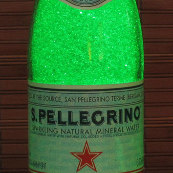 San Pellegrino Ducati 750ml Bottle Lamp Bar Night Light Emerald Green Sparkle and Glow