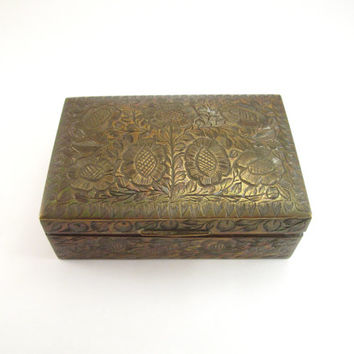 Brass Trinket Box Etched Floral Design, Vintage Brass Jewelry Box India Made, Wood Lined Brass Stash Box, Floral Etched Hinged Brass Box