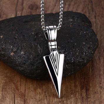 Striking Men's Vintage Spearhead Arrowhead Pendant Necklace for Men Special Surf Bike Chocker Stainless Steel Jewelry