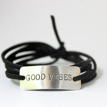 good vibes bracelet, good vibes only, handstamped bracelet, birthday git, bridesmaid gift, christmas gift, quote jewelry, insirational