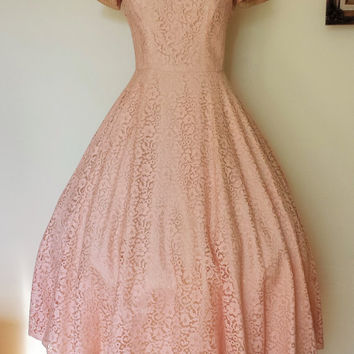 1950s Vintage Pink Lace Dress / 50s Beaded Lace Dress / Prima New York Dress / Fit and Flare Dress / 1950s Party Dress /