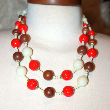 Vintage 19'' Mid Century Carved Lucite and Wood Beaded Necklace Red White and Brown
