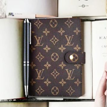 LV Louis Vuitton Fashion Women Men Simple Notebook Portable Hand Book