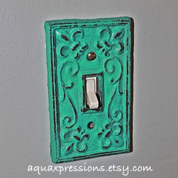 Laguna Green Decorative Light Switch Plate/ Single Switch Cover/ Fleur de lis/ Bright Cast Iron/ Painted Metal/ Shabby Chic