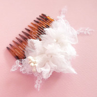 Bridal hair comb vintage lace and silk flowers / white