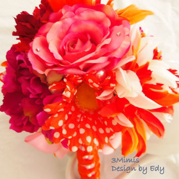 Polka Dot Wedding Bouquet Daisies Roses Peonies Bridal Bouquet Wedding Accessory- Quinceanera